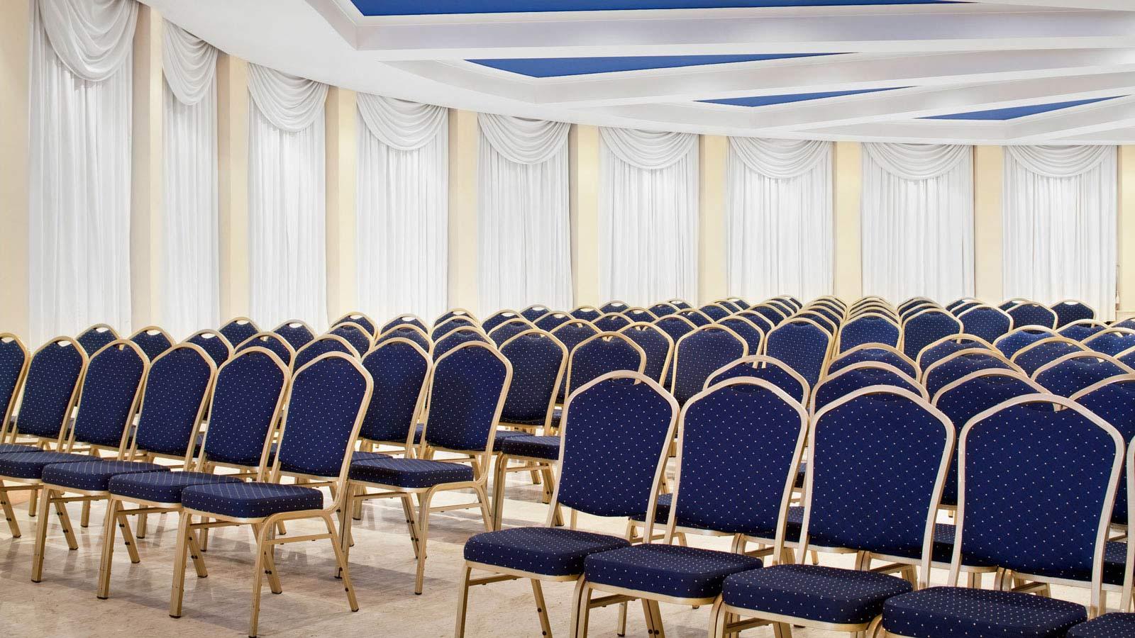 Pavilion_Meetings_Setup