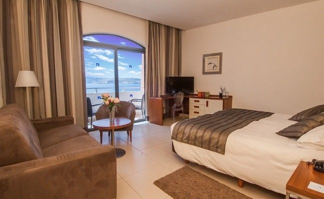 HotelSeaViewRoom_th.1