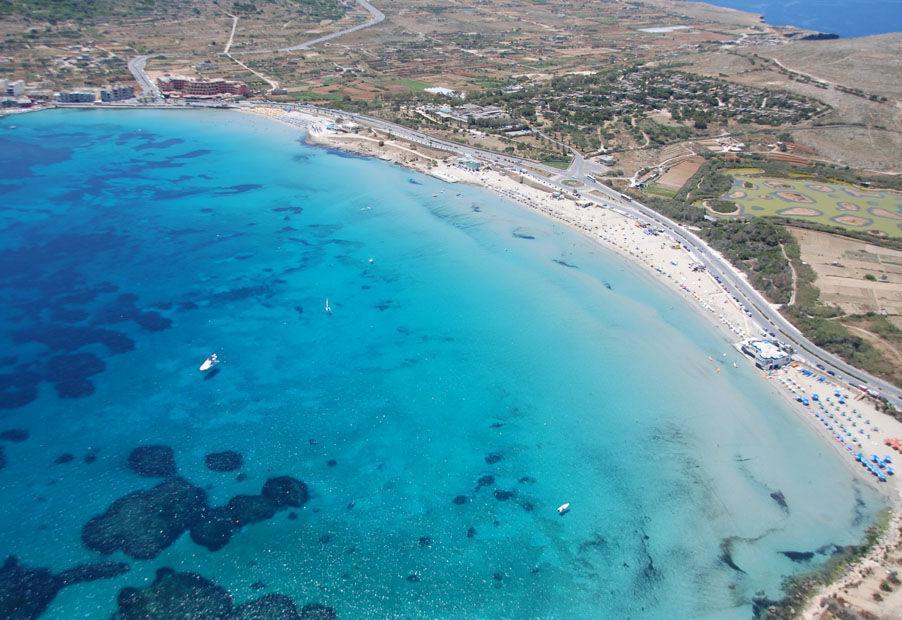 mellieha-bay-windsurfing-malta